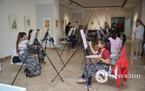 Дүрслэх урлагийн цогц боловсролыг дэргэдээсээ авах боломж бүрдлээ