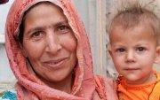 Афганистан: Хүүхдийн төрсний гэрчилгээн дээр ээжийнх нэрийг бичдэг боллоо