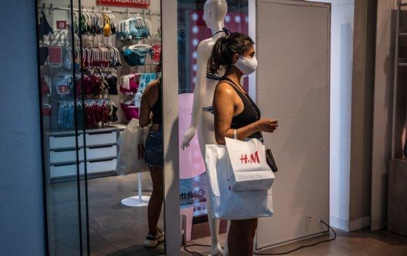 """""""H&M"""" Хятад нийлүүлэгчээсээ харилцаагаа тасалжээ"""