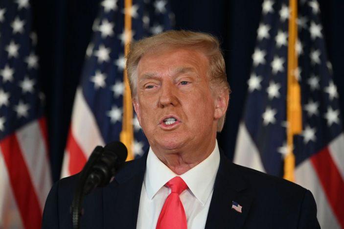 Трамп: Намайг сонгохгүй бол та нарт царайгаа ч харуулахгүй