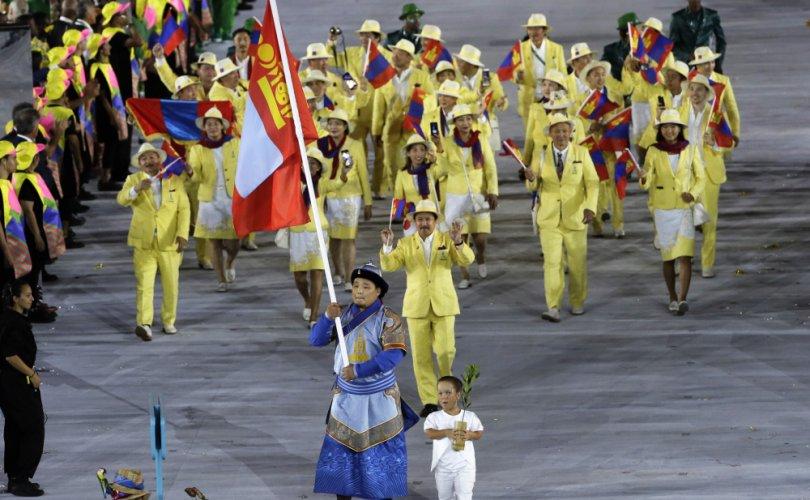 Токио-2020 олимпод оролцох Монгол тамирчдын буухиа