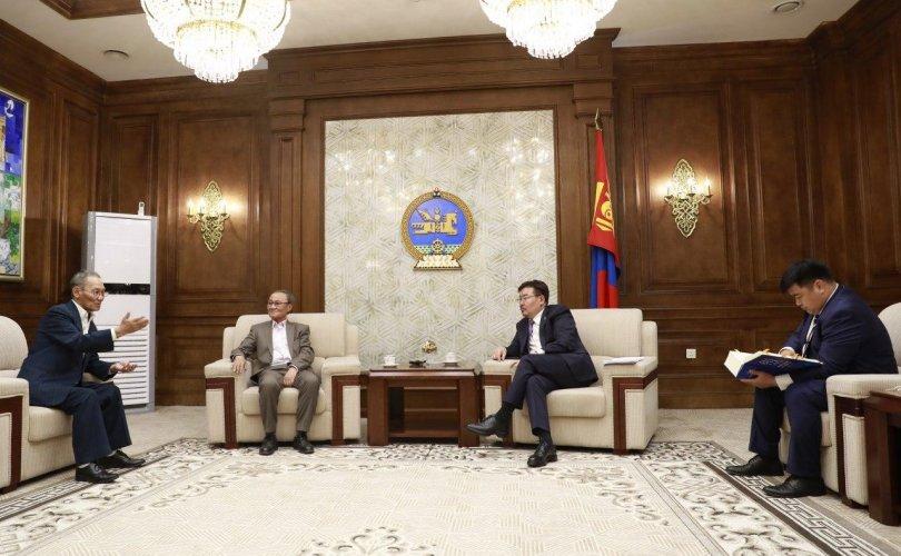 """УИХ-ын дарга """"Монголын нууц товчоон""""-ыг хэвлэх, түгээхэд дэмжлэг үзүүлэхээ амлалаа"""