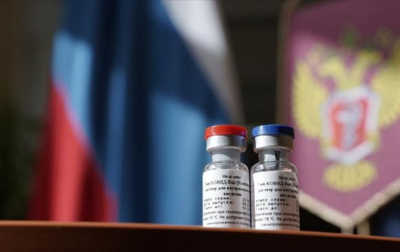 """Аялагчдыг """"COVID-19"""" эсрэг вакцин тариулахыг шаардана"""