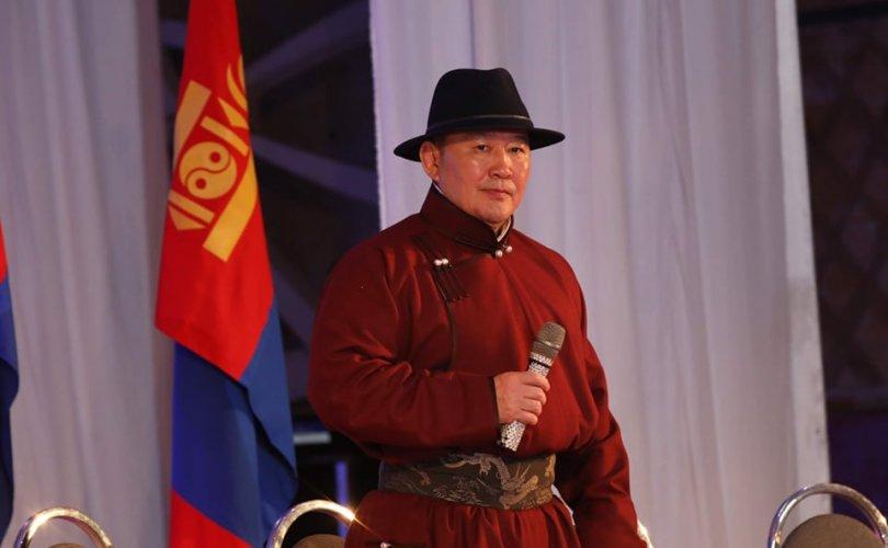 Ерөнхийлөгч Төв аймгийн иргэдтэй уулзана