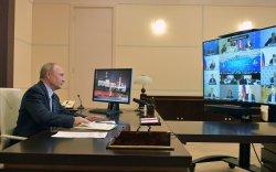 Бизнесийг хязгаарласан хөл хорио тогтоохгүй байхыг Путинээс хүсэв
