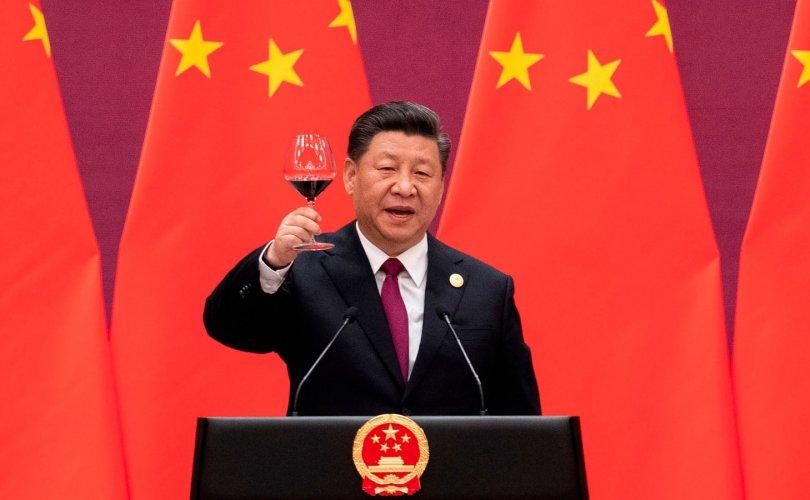 Хятадын эдийн засаг сэргэж, АНУ өрөнд баригдав