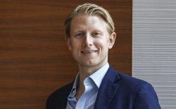 Макс Жонсон: Биднийг залилсан монгол компани нөхөн олговор өгөх ёстой