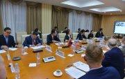 Монгол, АНУ хооронд шууд нислэг үйлдэх боломжийн талаар ярилцав