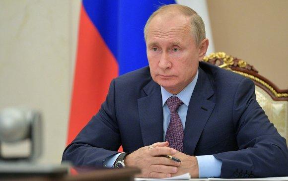 Путиныг COVID-19-ээс хэрхэн хамгаалж байна вэ?