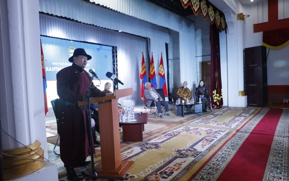 Монголчууд ажил хийж чаддаггүй гэдэг яриа, ойлголтыг дуусгавар болгох ажлын эхлэлийг тавиад байна