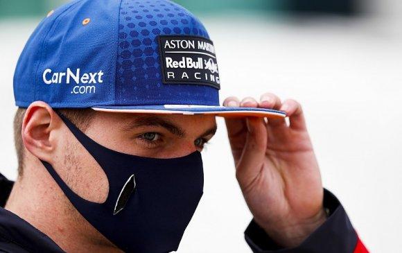 """Формула 1-н нисгэгч """"Яадаг муу монгол вэ"""" гэж хараажээ"""