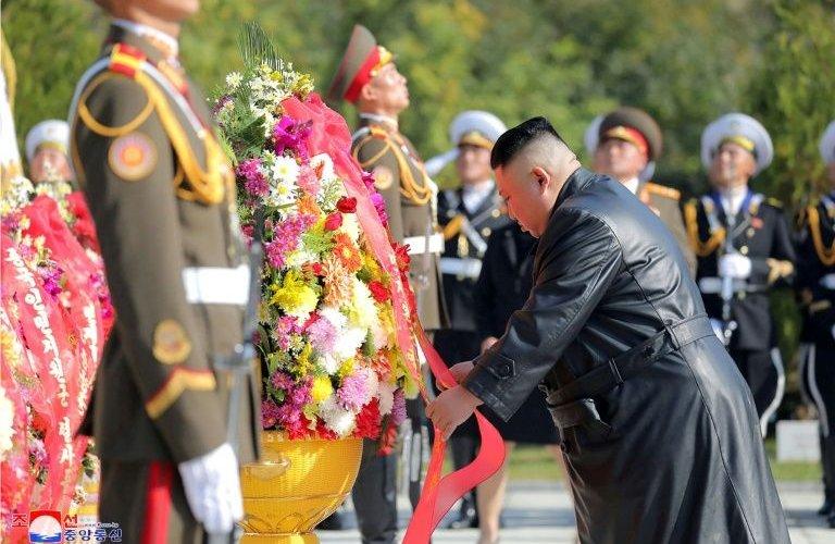 Ким Жон Ун амь үрэгдсэн хятад цэргүүдэд хүндэтгэл үзүүлэв
