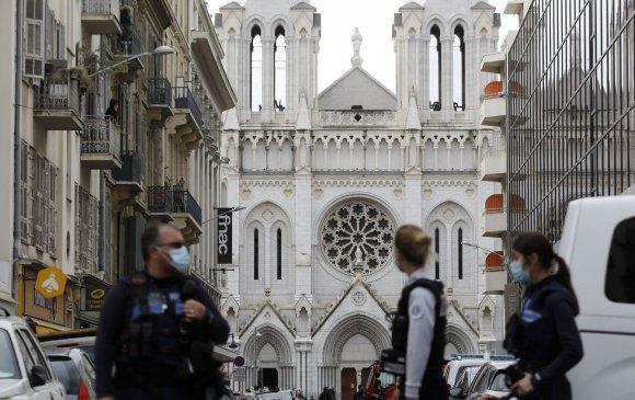 Францын нийгэм айдаст автав