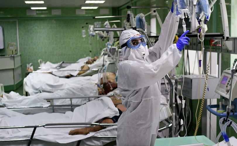 COVID-19: Халдвараа сайн дураар эмчлэх гэж оролдож байгаа нь том алдаа гэв