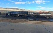 31 тонн шатахуун ачсан ачааны машин шатаж хоёр хүн бэртжээ