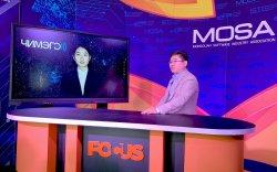 """ICT EXPO: Монголын анхны хиймэл оюун ухаант хөтлөгч """"Марал"""" анхны ярилцлагаа хийлээ"""