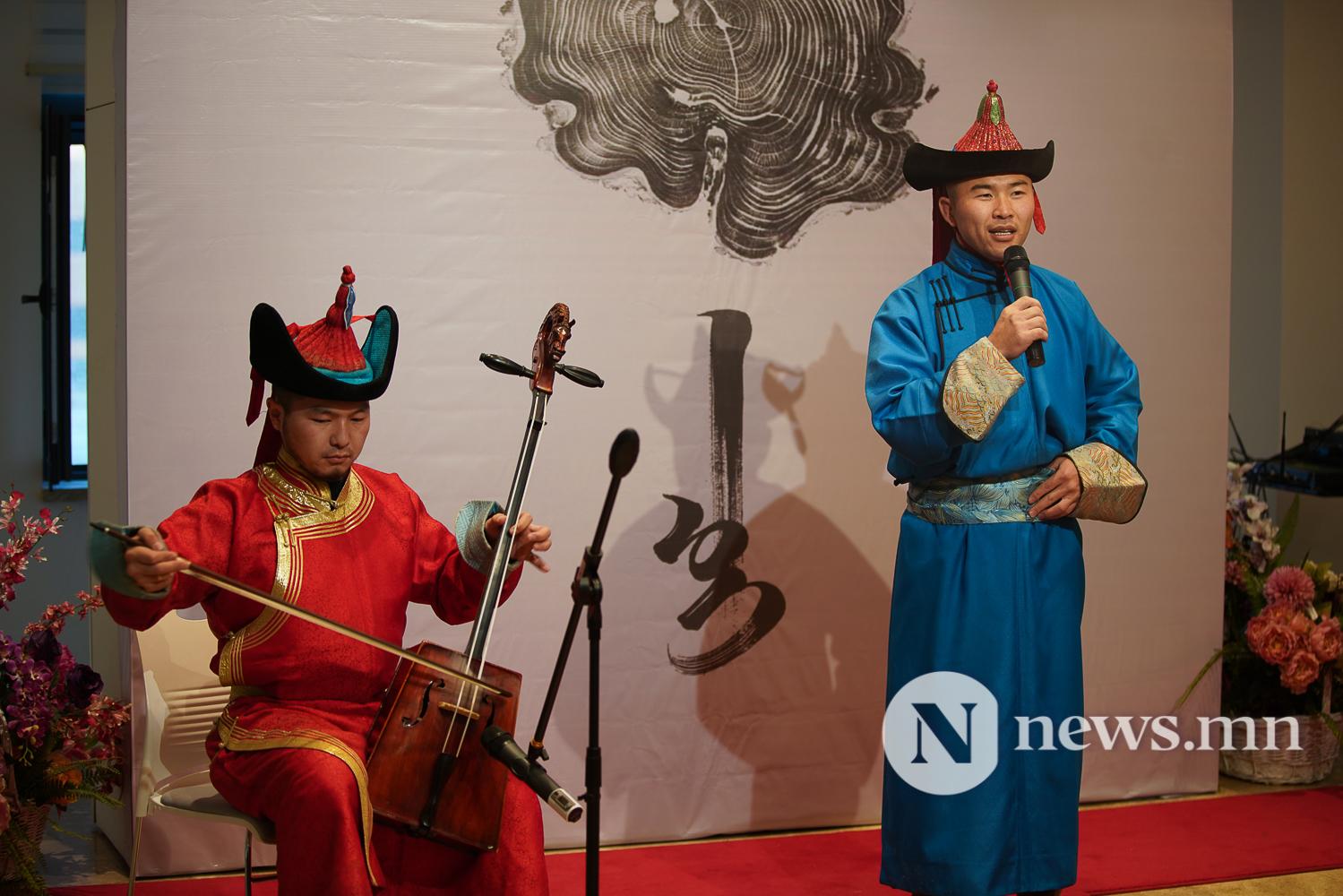 Монгол арт галлерей үзэсгэлэн (19 of 31)