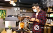 Вакцины гэрчилгээтэй хүмүүс кофе шоп, фитнессээр үйлчлүүлнэ