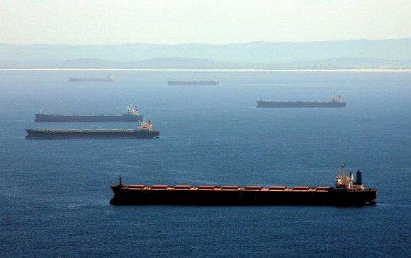 Австралийн 200 сая ам.долларын нүүрс Хятадын эрэгт гацжээ