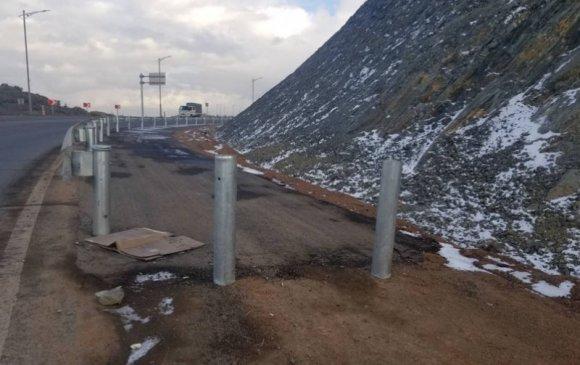 Богд уулын арын дугуйн замд хамгаалалт хийжээ
