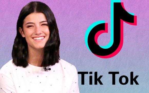 """16 настай охин 100 сая дагагчтай анхны """"TikTok"""" хэрэглэгч болжээ"""