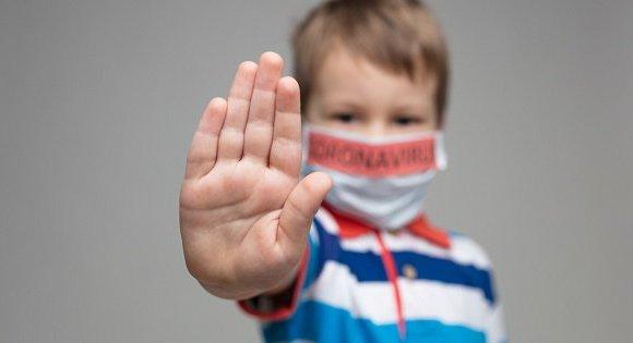 АНУ-д нэг сая гаруй хүүхэд Covid-19 халдвар авчээ