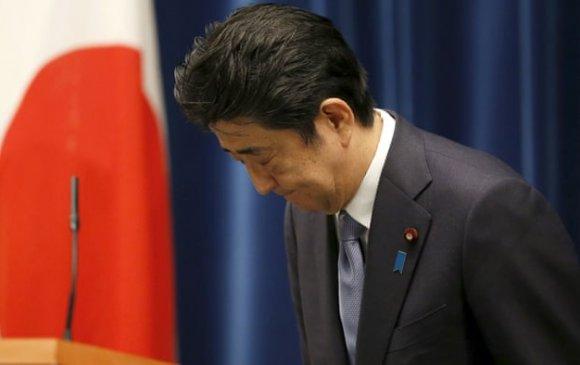Абэ Шинзо худал мэдэгдэл хийсэндээ уучлалт гуйжээ