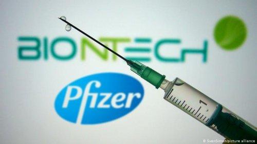 """Шуурхай мэдээ: Их Британи """"Pfizer""""-ийн вакциныг зөвшөөрлөө"""
