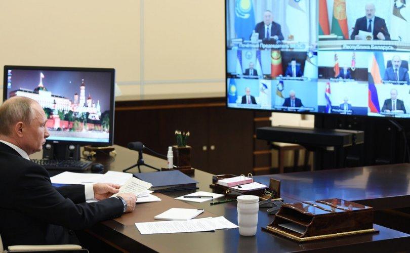 Кремль: Путин цар тахлаас нуугдаж хоргодох байранд ороогүй