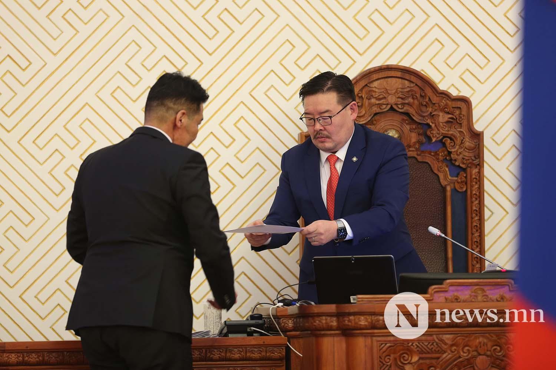 Засгийн газрын шинэ сайд нар Чуулган (108)