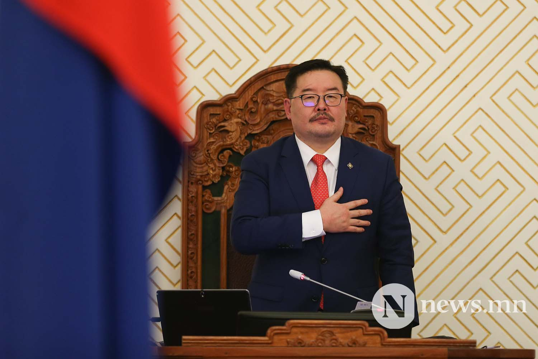 Засгийн газрын шинэ сайд нар Чуулган (132)