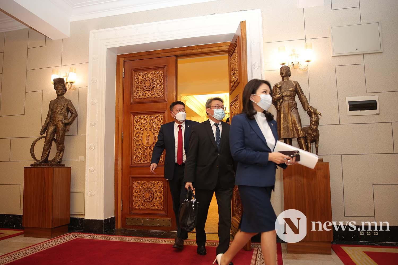 Засгийн газрын шинэ сайд нар Чуулган (4)