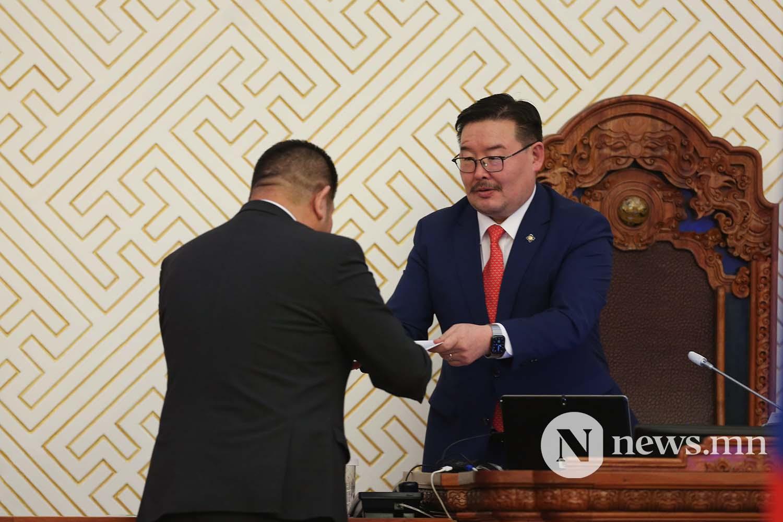 Засгийн газрын шинэ сайд нар Чуулган (88)