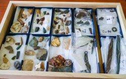 Дорнодоос чулуун, хүрэл зэвсгийн үеийн 700 гаруй үнэт эдлэл олджээ