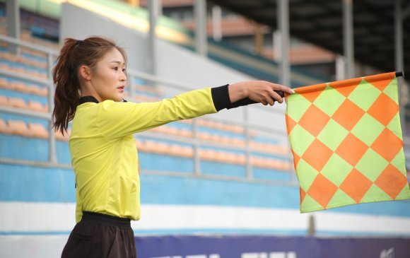 Ө.Батцэцэг Монголын анхны FIFA зэрэглэлтэй эмэгтэй шүүгч боллоо