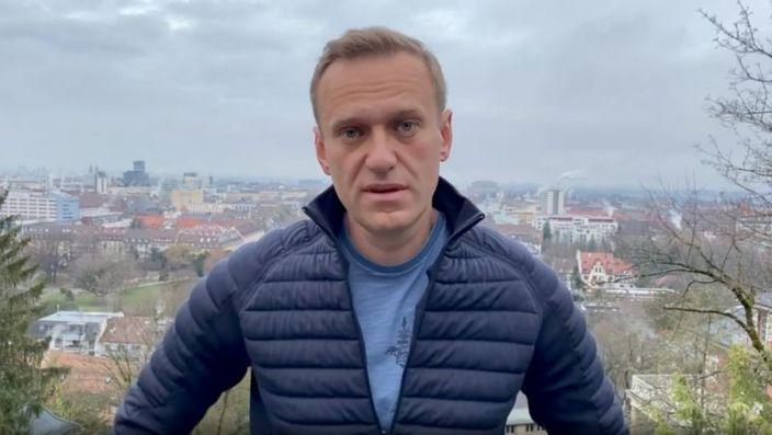 Навальный ямар ч аюулыг үл тоон нутаг буцна гэв