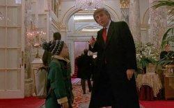 """""""Гэртээ ганцаараа 2"""" киноноос Трампын дүрийг хасахыг хүсэв"""