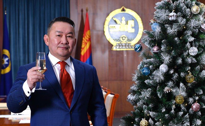 Х.Баттулга: Монголчууд тэгш жаргаж, хөгжин мандах болтугай!