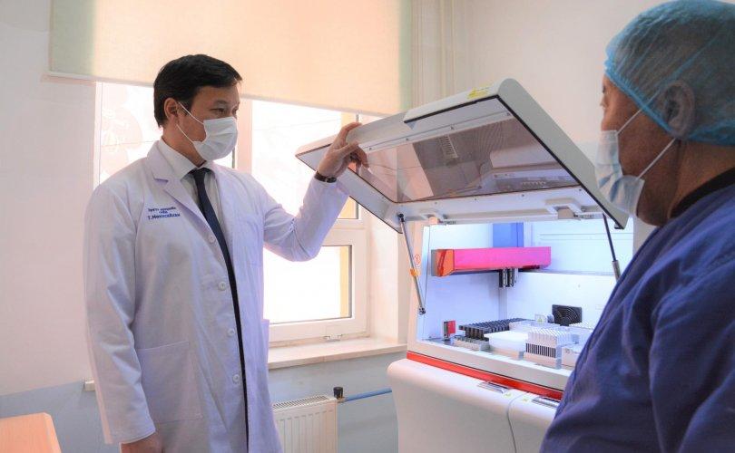 Чингэлтэй дүүргийн ЭМТ-д PCR шинжилгээний лаборатори байгууллаа