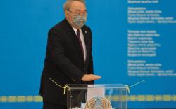 Казахстан: Парламентын сонгуульд эрх баригч нам ялжээ
