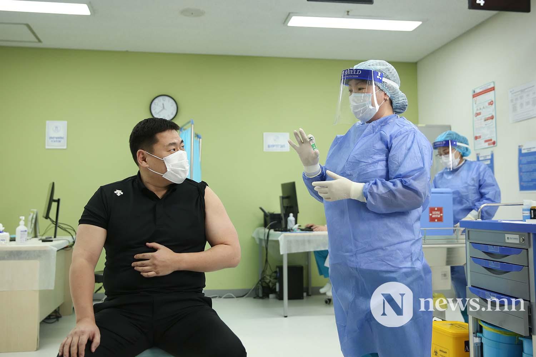 Л.Оюун-Эрдэнэ Монгол Улсын Ерөнхий сайд вакцин (16)