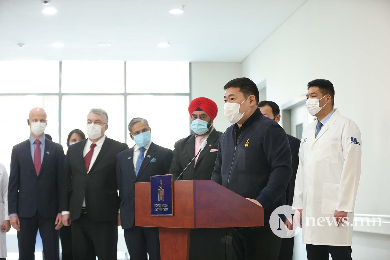 Л.Оюун-Эрдэнэ Монгол Улсын Ерөнхий сайд вакцин (9)