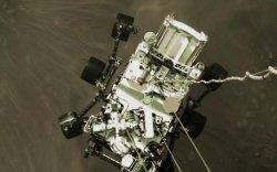 NASA-ийн станц Ангарагаас анхны сэлфигээ илгээлээ