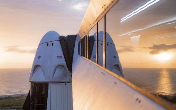 Space X анх удаа энгийн иргэдийг сансарт хөөргөх төсөл танилцуулав