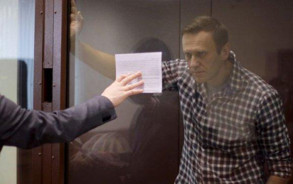 Навальныйг хорьсноос болж Европын холбоо ОХУ-д хориг тавилаа