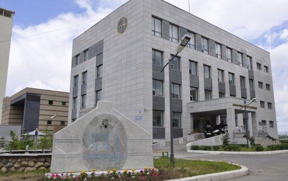 Монгол Улсын иргэн бүр гэртээ харих эрхтэй, Цэцийн гишүүн ээ!