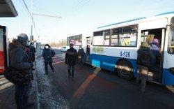 98 чиглэлд 948 автобус үйлчилгээнд явж байна