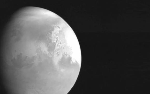 Хятадын сансрын хөлөг анх удаа Ангараг гаригийн зургийг авчээ