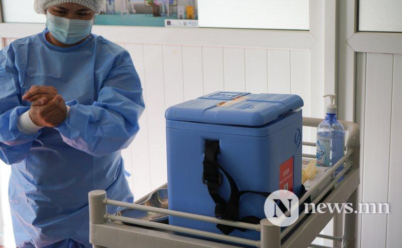 Хэвтрийн хүмүүсийг гэрээр очиж вакцинжуулна