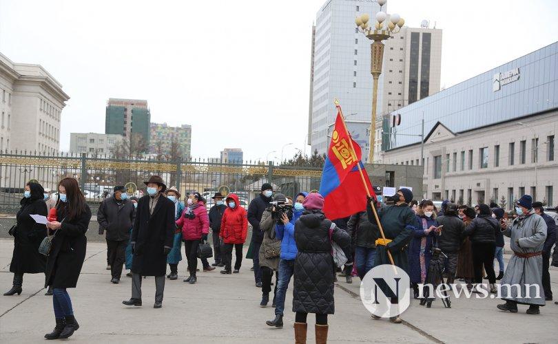"""Ахмадууд """"Монгол Улсын төлөө зүтгэе"""" уриан дор жагслаа"""